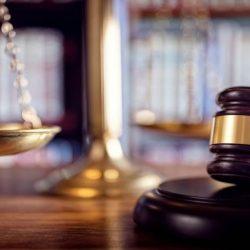 Décision du juge : à qui attribuer la garde de l'enfant? Les critères