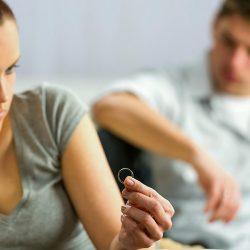 Comment devriez-vous réagir si votre mari n'aime pas votre famille ?